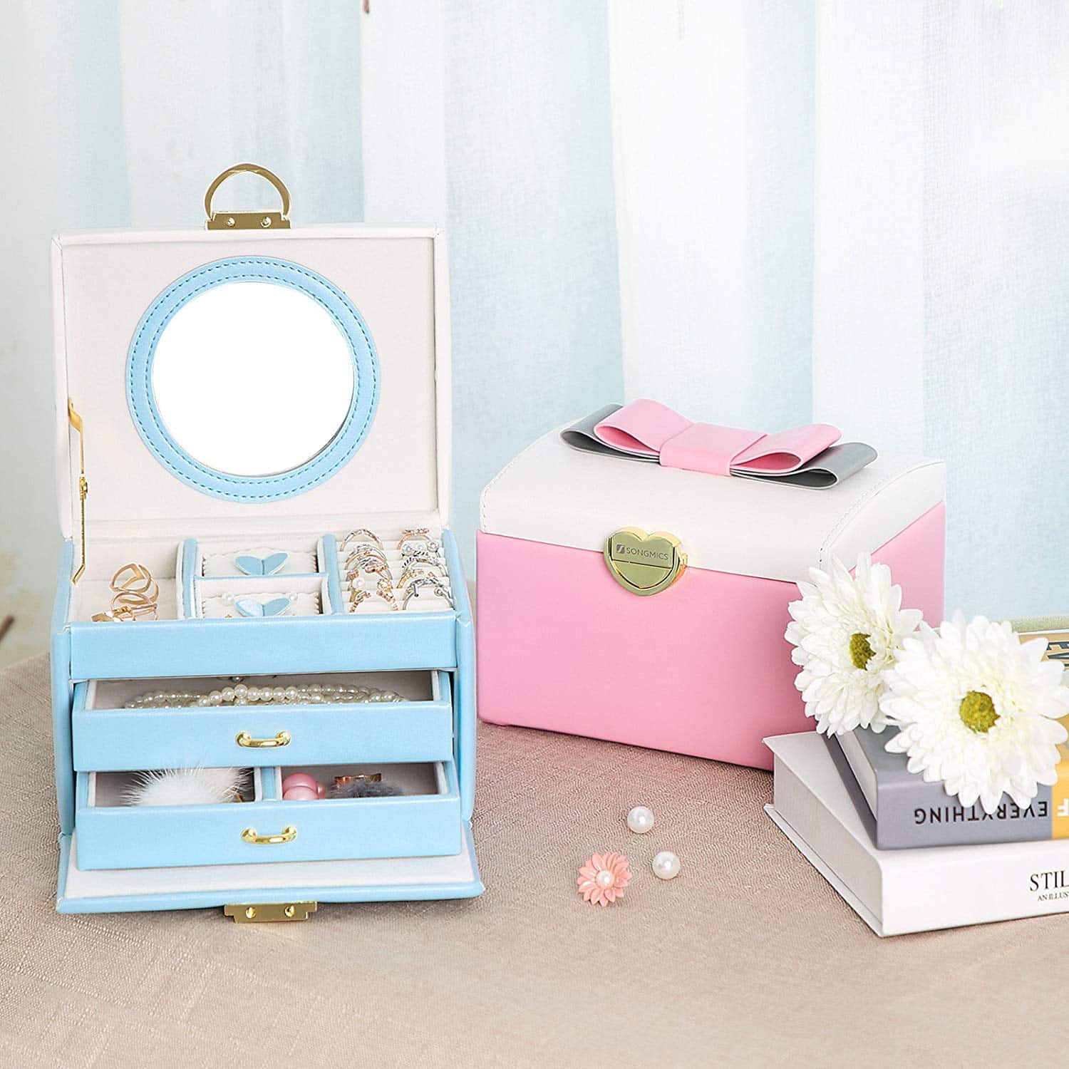 0963f546093b SONGMICS Jewelry Box with Bowknot Mirrored Compact Travel Case Gift for  Kids Girls and Women Blue and White UJBC115Q